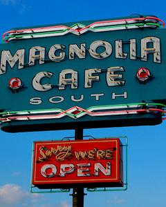 1111-magnolia-cafe-austin-mdn.jpg