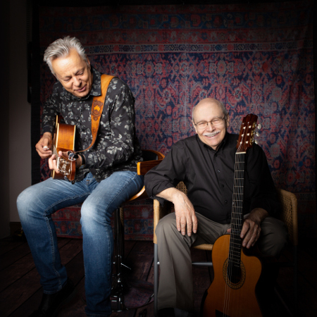 Tommy Emmanuel feat. John Knowles (seated show)