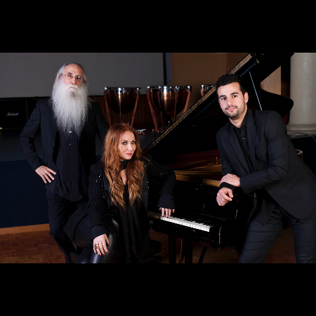 Judith Owen featuring the legendary Leland Sklar with Pedro Segundo