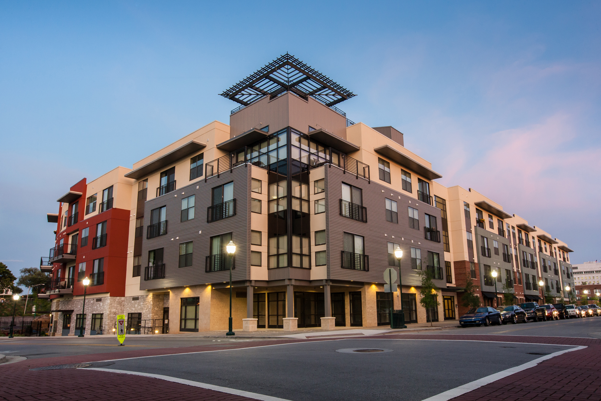 Walnut Commons Architecture