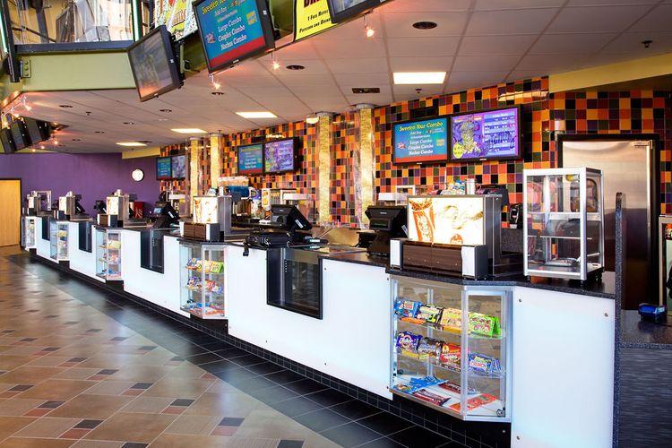 AMC Majestic 12 Cinemas Chattanooga Inside
