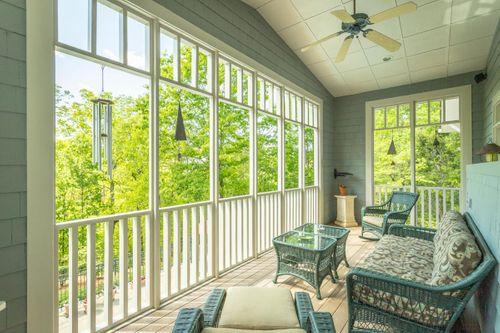 Thompson Residence_scroll 3.jpg