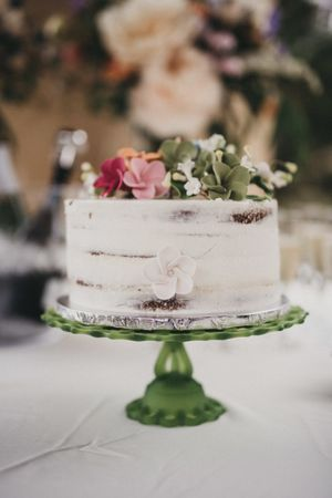 small wedding cake with sugar flowers 2.jpg
