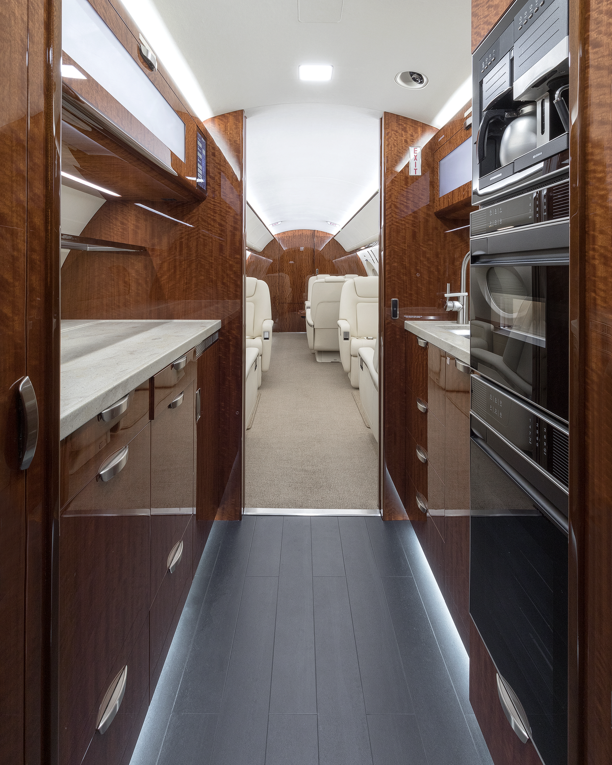 G500 Galley Forward.png