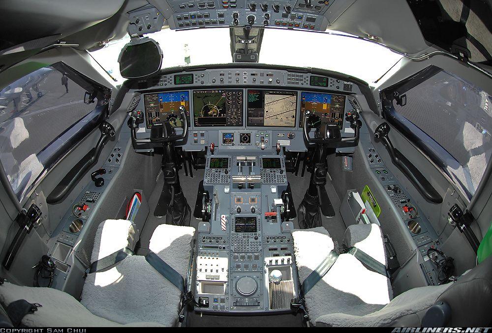 G550 Cockpit