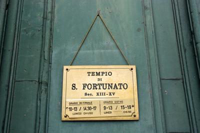 Umbria, San Fortunato.jpg
