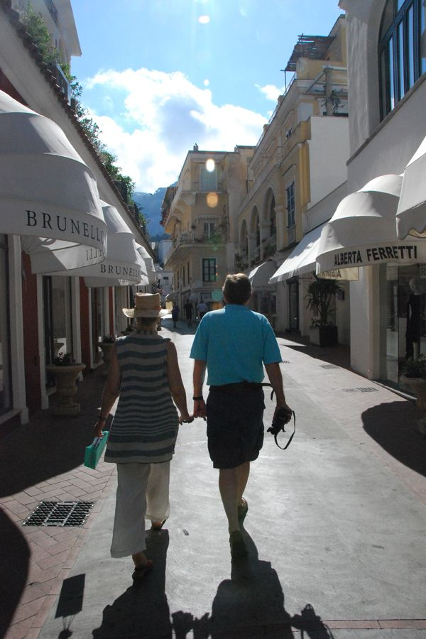 Shopping on Capri.jpg