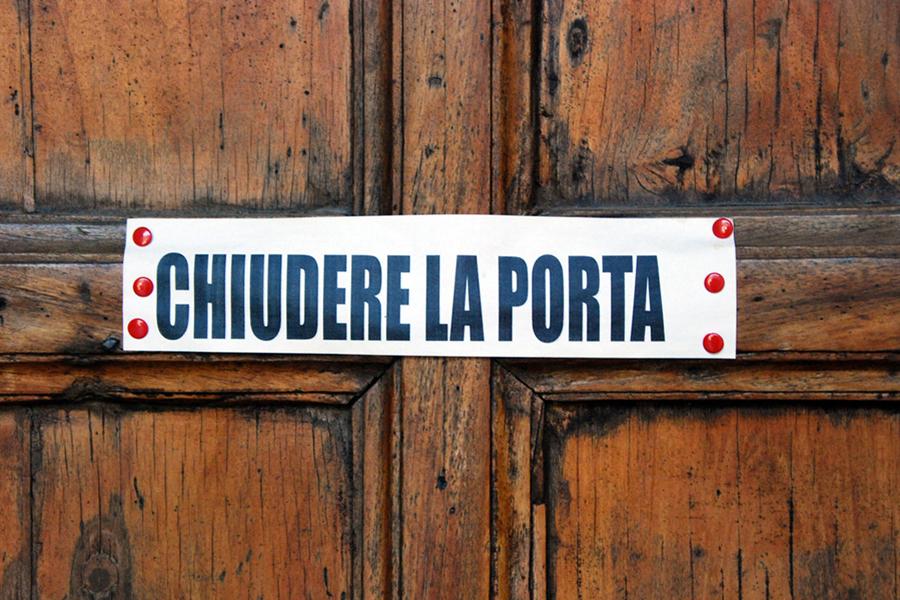 Umbria, chiudere la porta.jpg