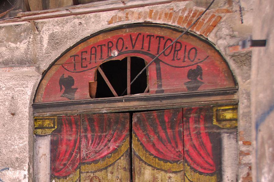Sicily, Palermo teatro.jpg