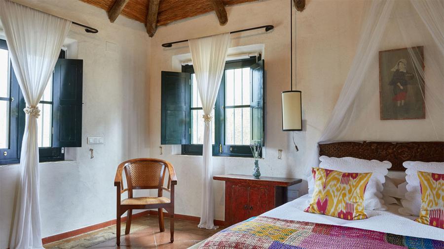 hacienda room.jpg