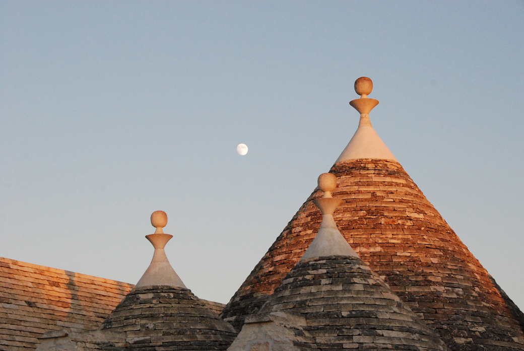 trulli and the moon