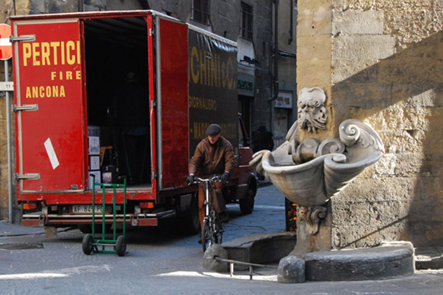 Florence, street scene.jpg