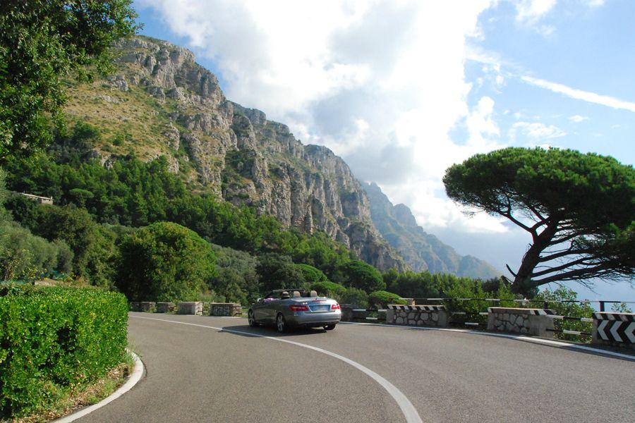 On the Amalfi Coast Road 2.jpg