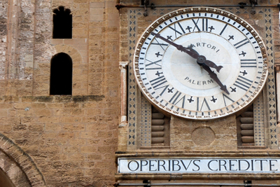 Sicily, Palermo cathedral clock.jpg