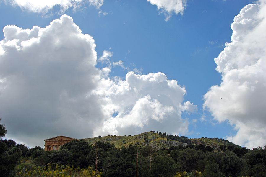 Sicily, Segesta clouds.jpg