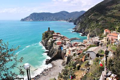 Lillian Cooper, Cinque Terre Vernazza.jpg
