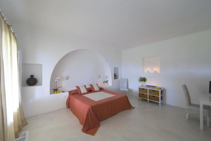 Capofaro room.jpg