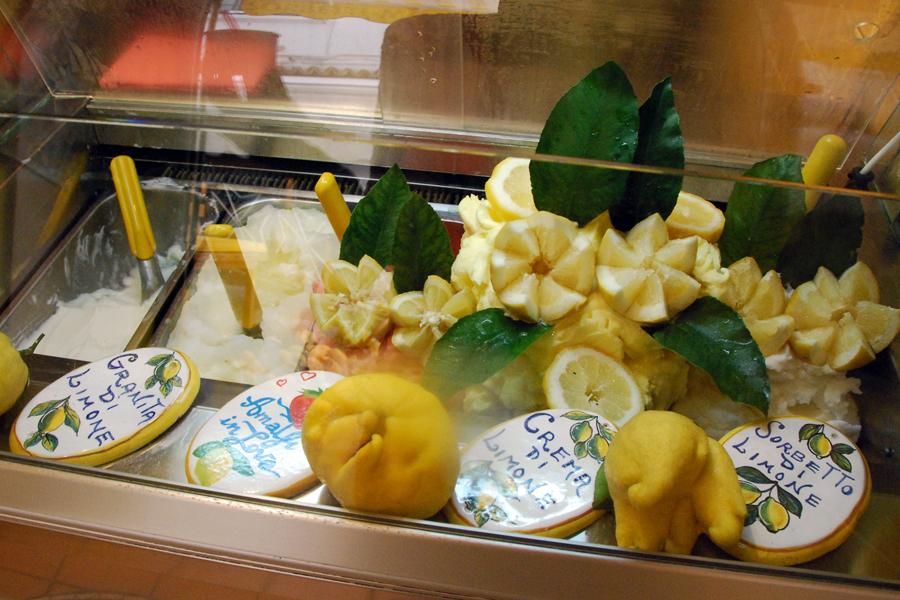 Lemon gelato