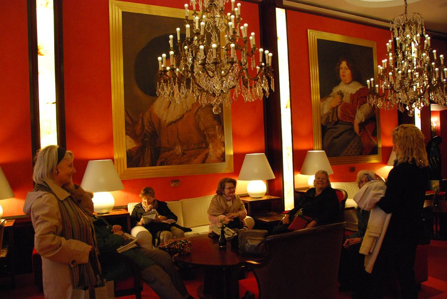 At the Hotel de L'Europe Amsterdam.jpg