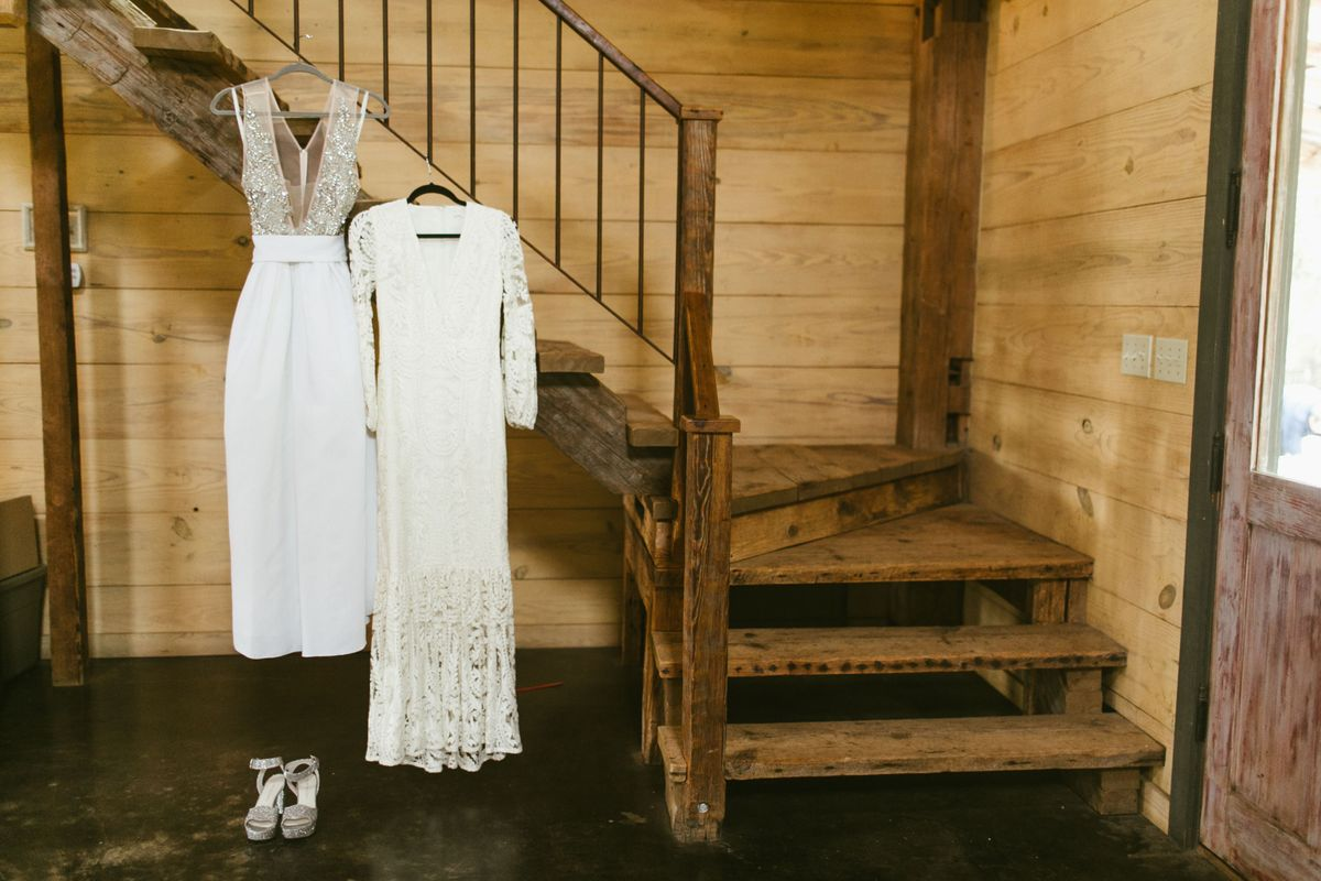 katie-jacobs-wedding-in-marble-falls-texas-0002.jpg
