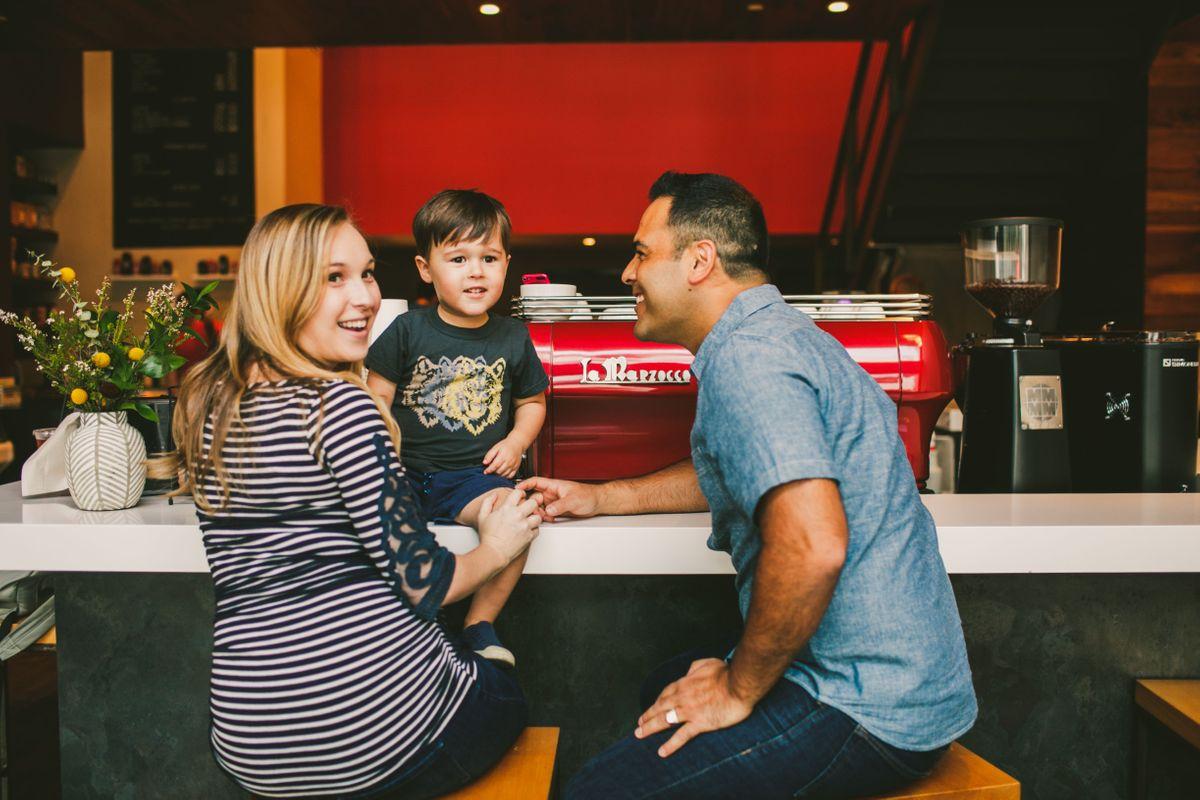 the-trou-family-in-downtown-austin-texas-0001.jpg