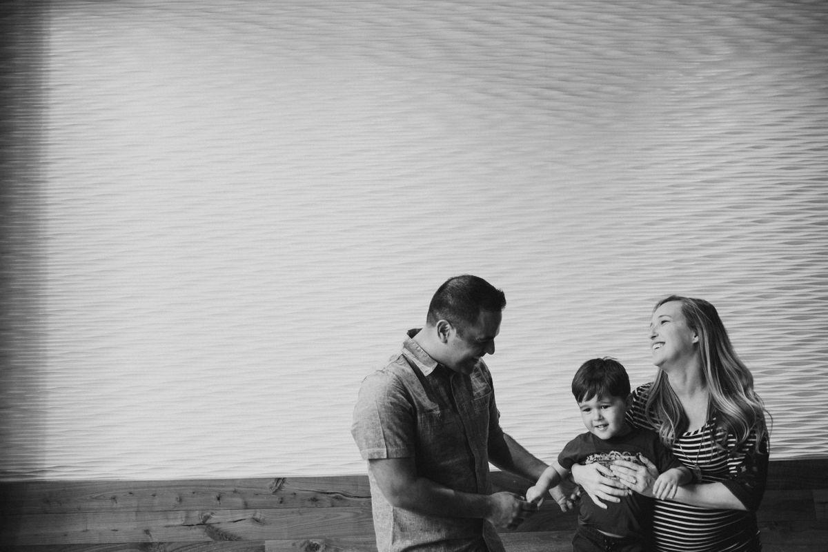 the-trou-family-in-downtown-austin-texas-0002.jpg