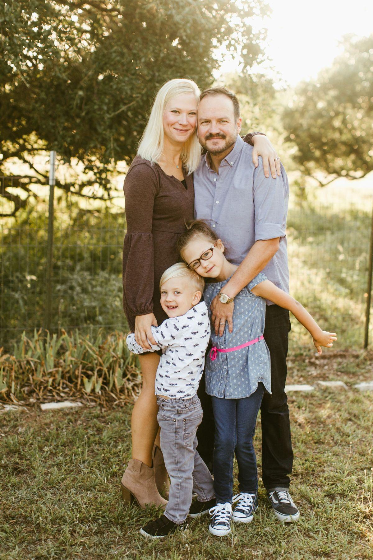 the-bearden-family-in-llano-tx-0004.jpg