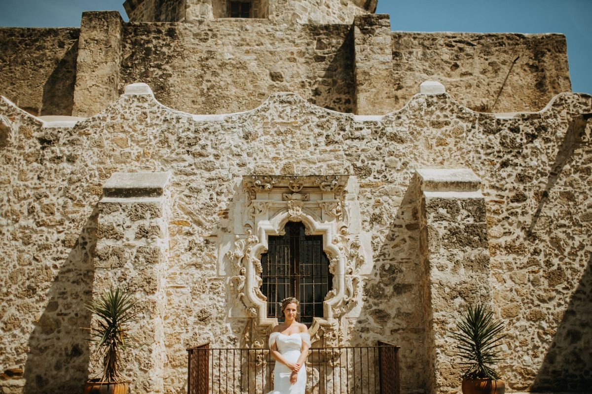 frances-bridals-at-the-mission-san-jose-in-san-antonio-tx-0004.jpg