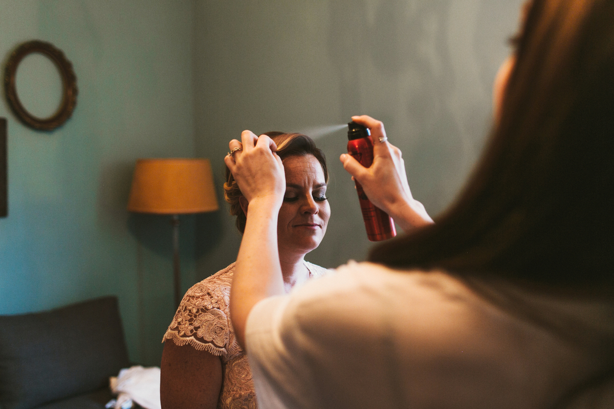 bridesmaid getting ready in toronto