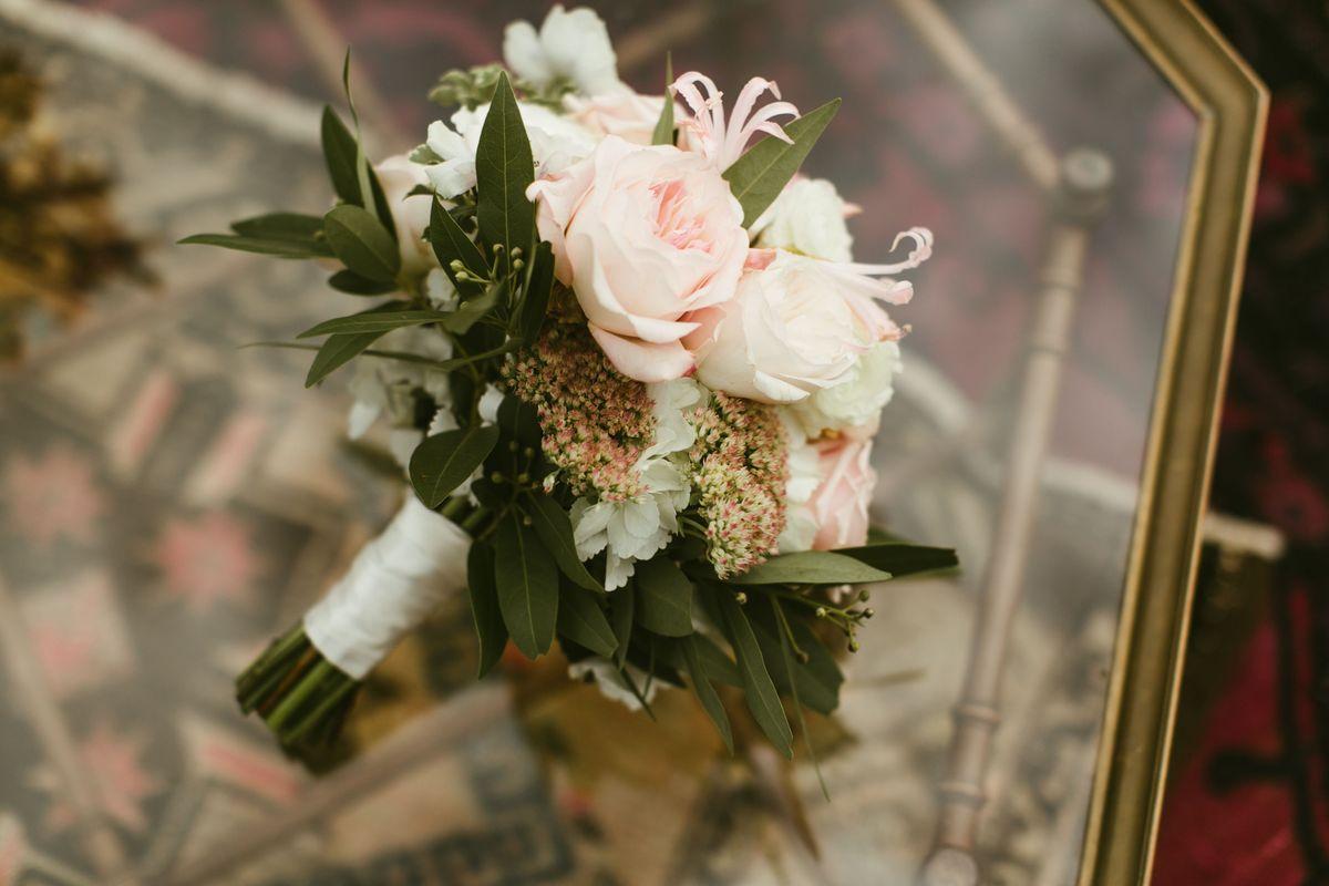 katie-jacobs-wedding-in-marble-falls-texas-0003.jpg
