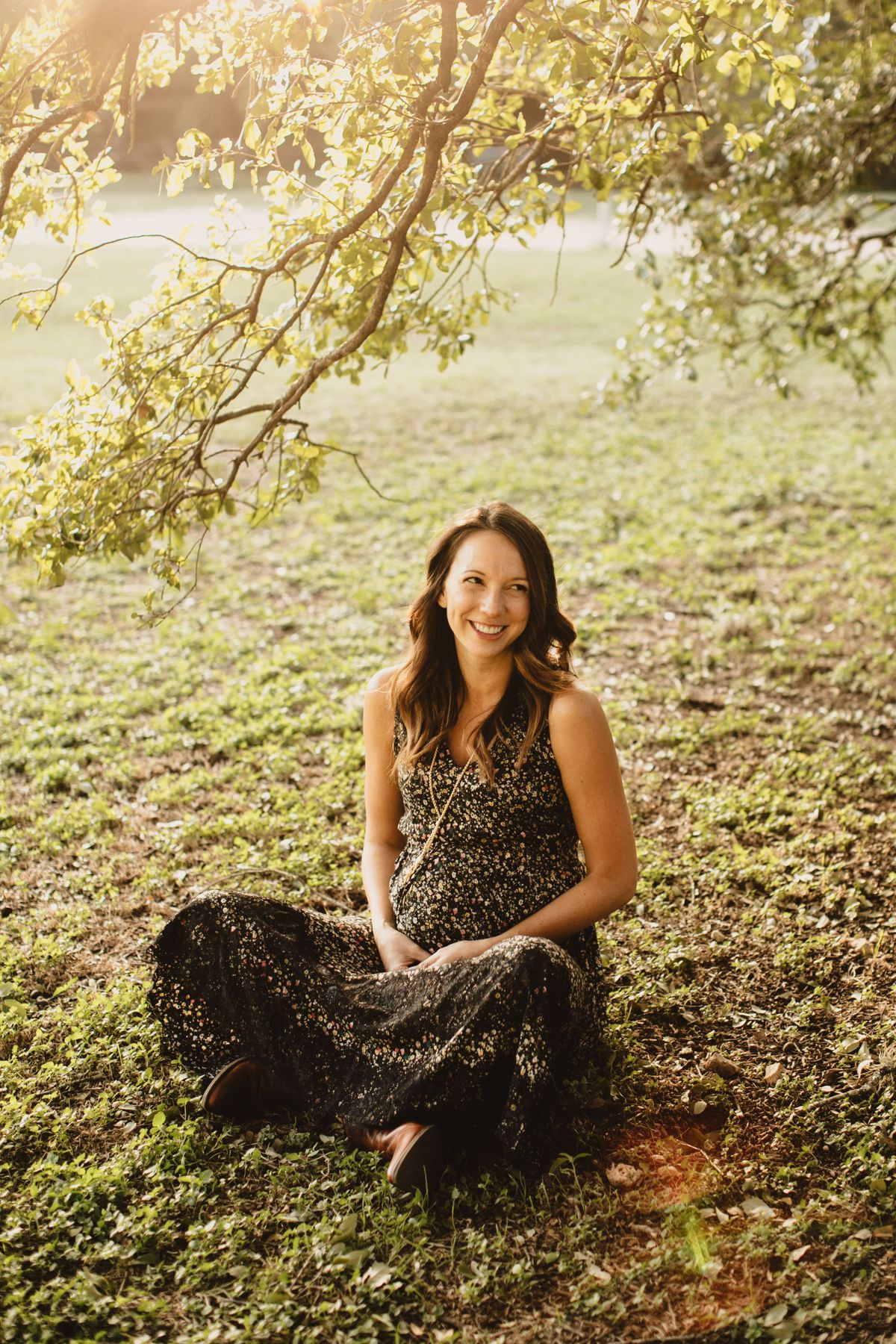 laurens-maternity-pictures-at-bull-creek-park-in-austin-tx-0001.jpg