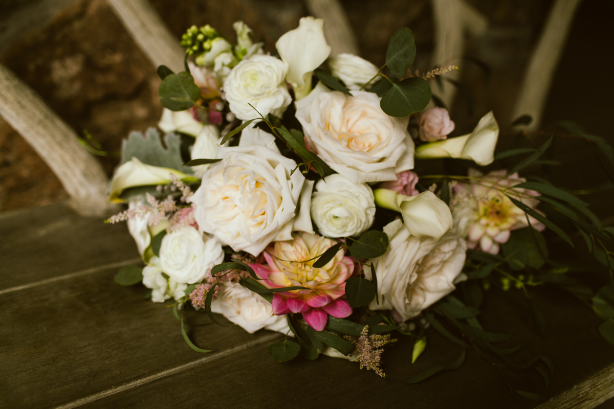 beaver creek wedding flowers