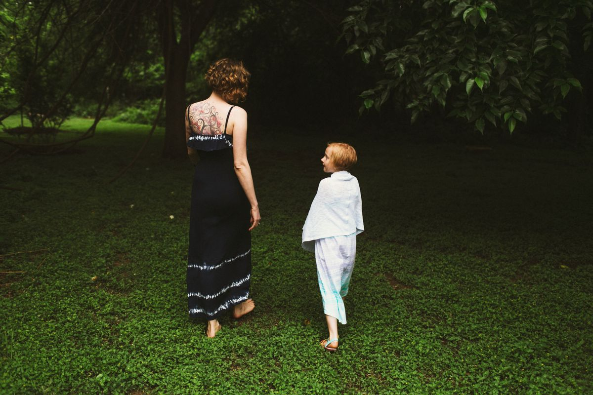 lindsey-brody-and-lilys-family-session-at-mills-pond-park-in-austin-tx-0001.jpg