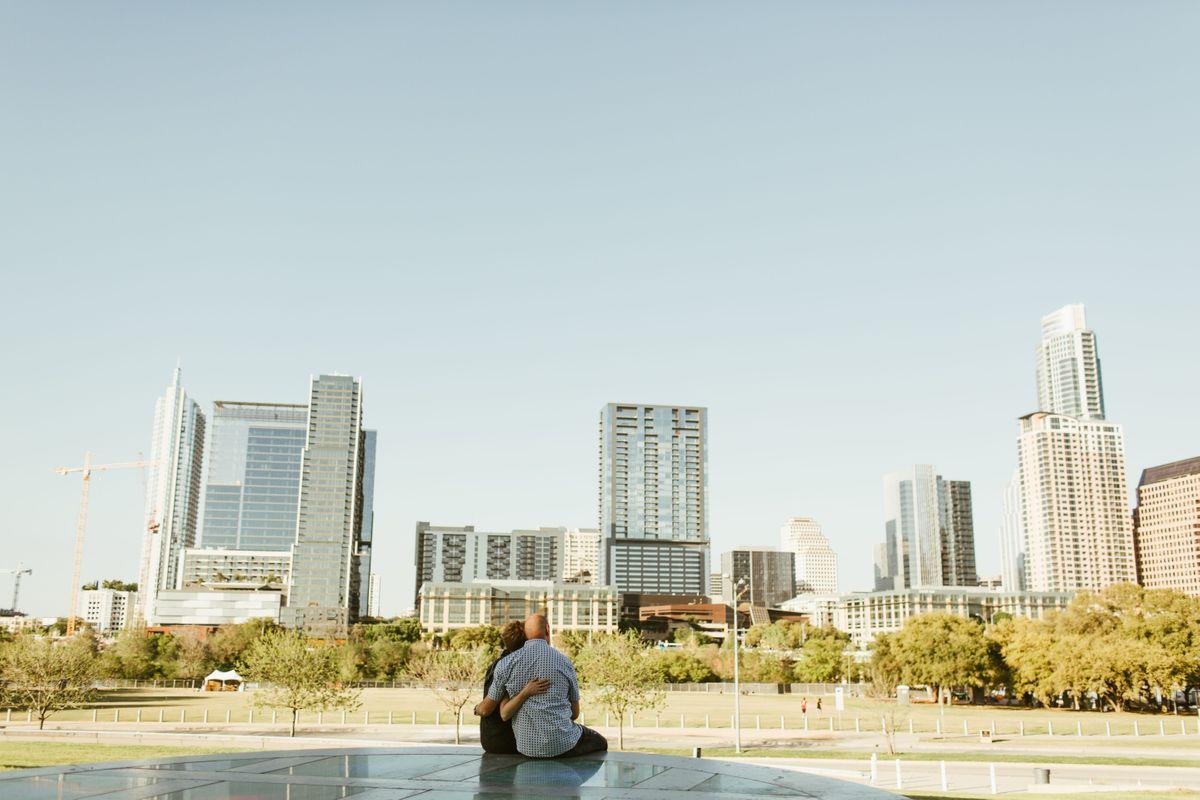 audra-kevins-engagements-around-town-lake-in-austin-texas-0000.jpg