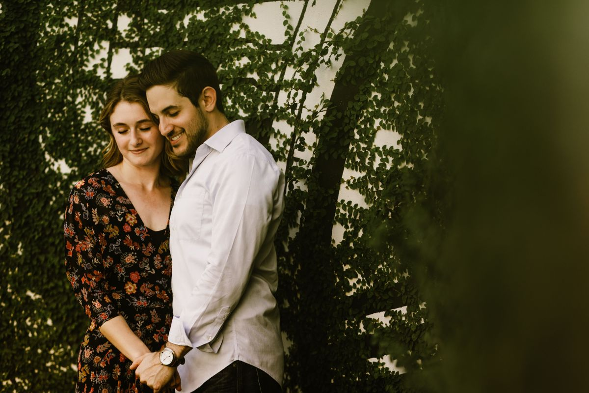 thomas-and-danis-engagement-pictures-in-downtown-austin-texas-0005.jpg