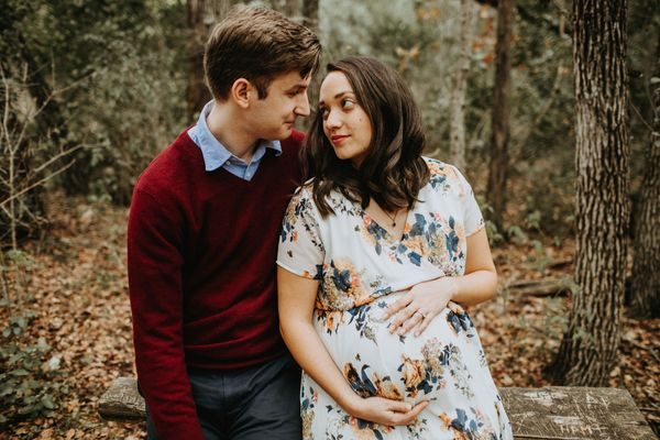 grace-and-marks-maternity-session-at-mayfield-park-in-austin-tx - main.jpg