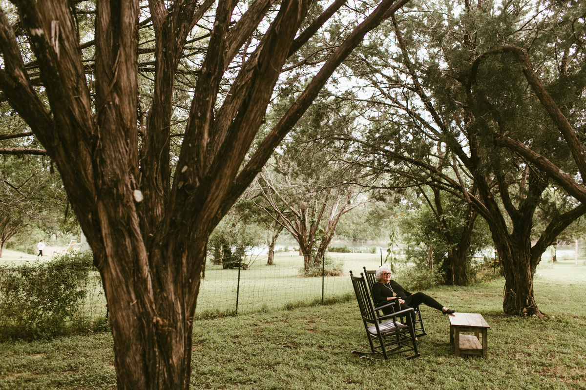 marble falls relaxed wedding