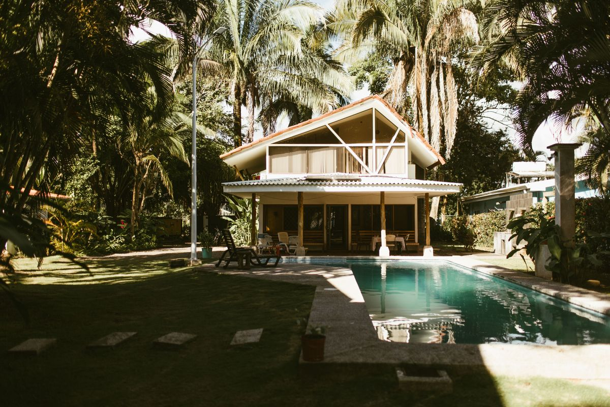 taylor-dylans-beach-wedding-in-esterillos-este-costa-rica-0000.jpg