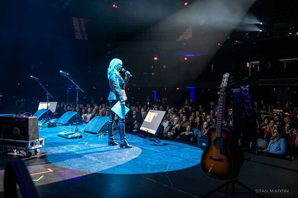 Ginger Leigh hosting & emceeing at ACL Live at the Moody