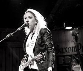 Ginger Leigh at Saxon Pub.jpg