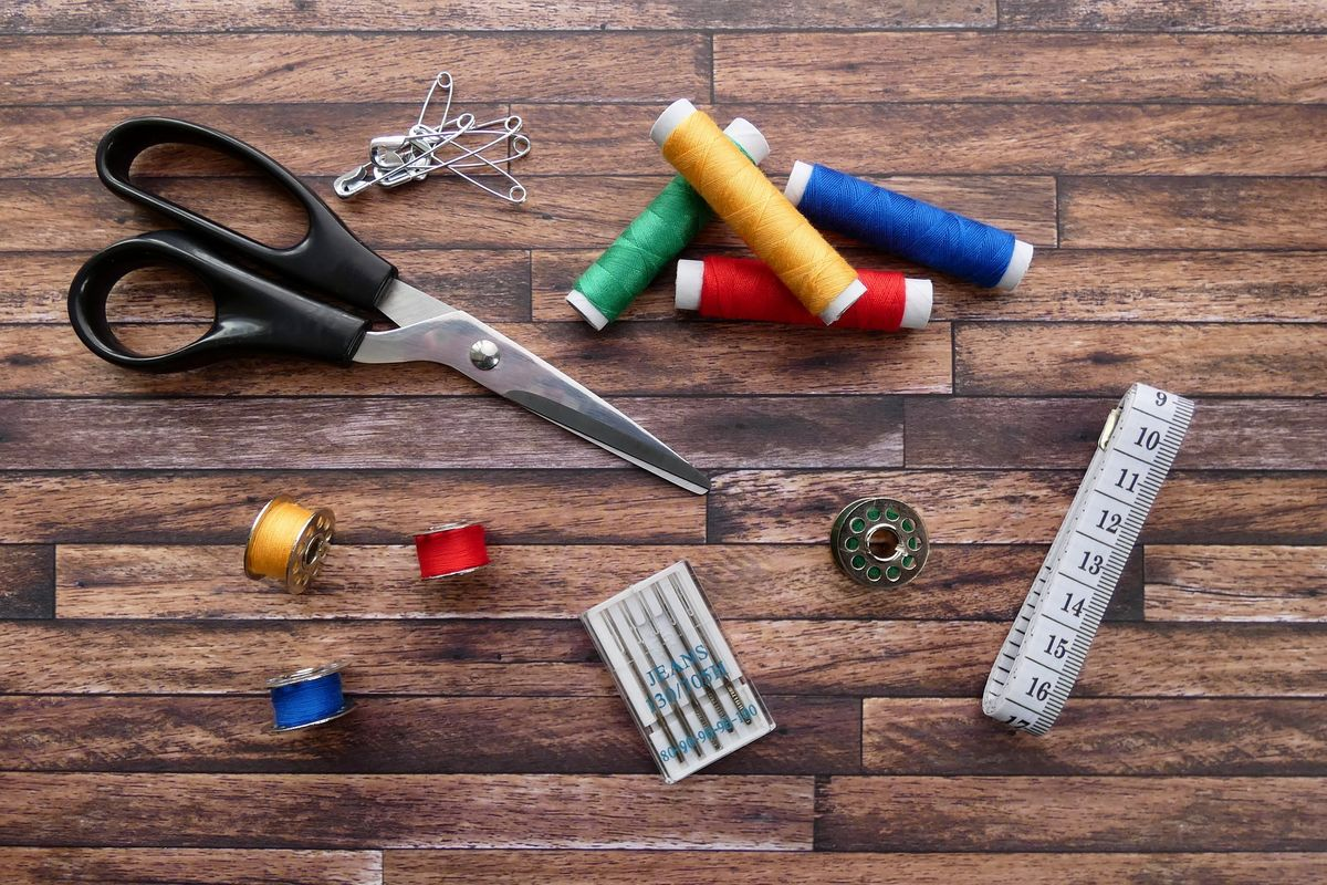 sewing-thread-3286656_1920.jpg