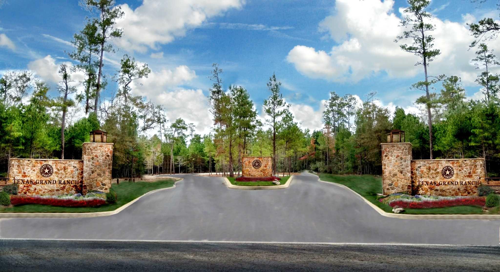 Texas Grand Ranch. Entry.jpg
