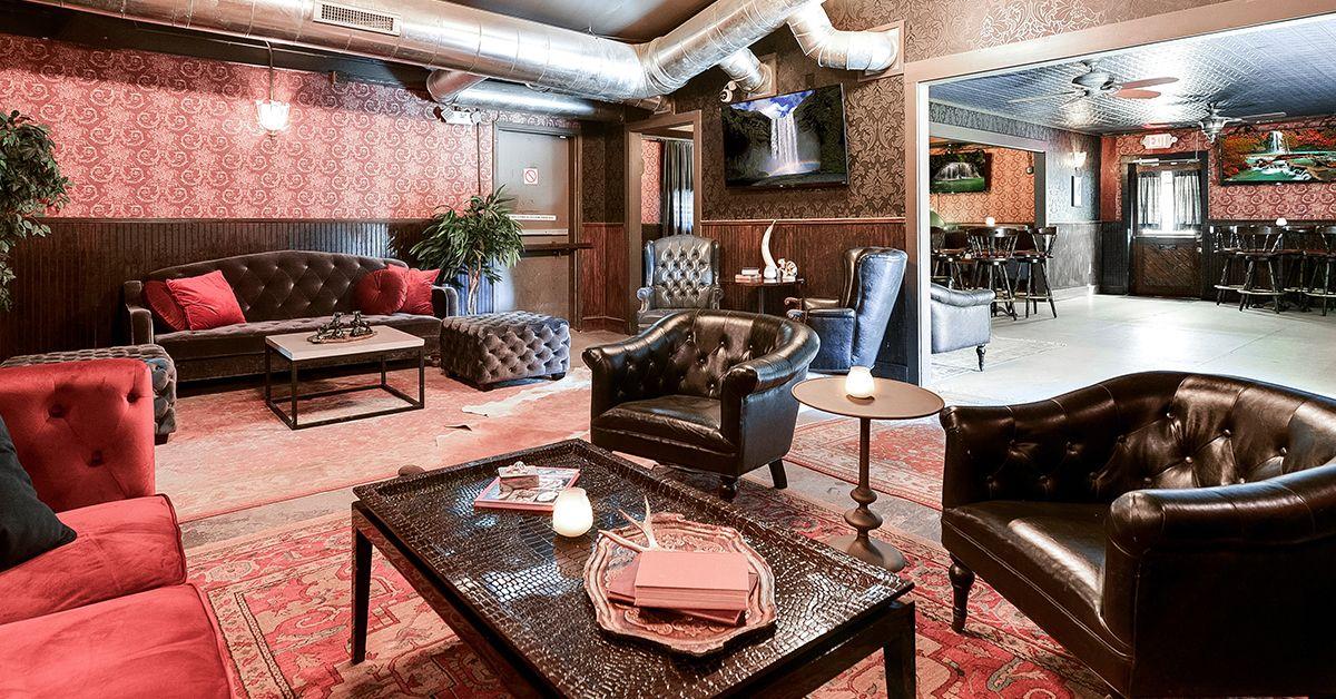 Indoor_Lounge3.jpg