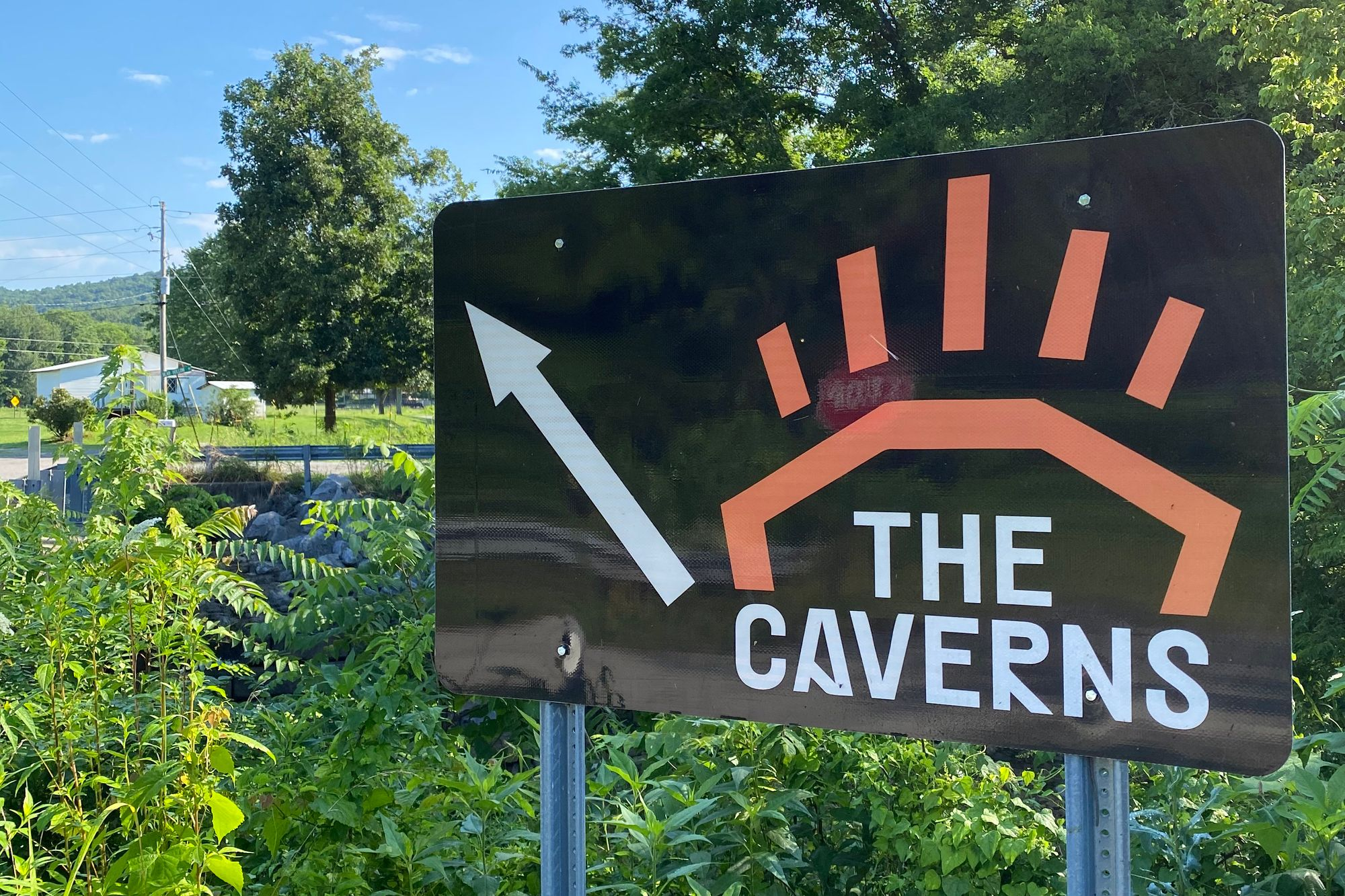 The Caverns road sign