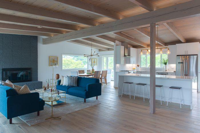 27 VIA LA CUMBRE, GREENBRAE – (SOLD) Multiple Offers - Sold for $2,200,000