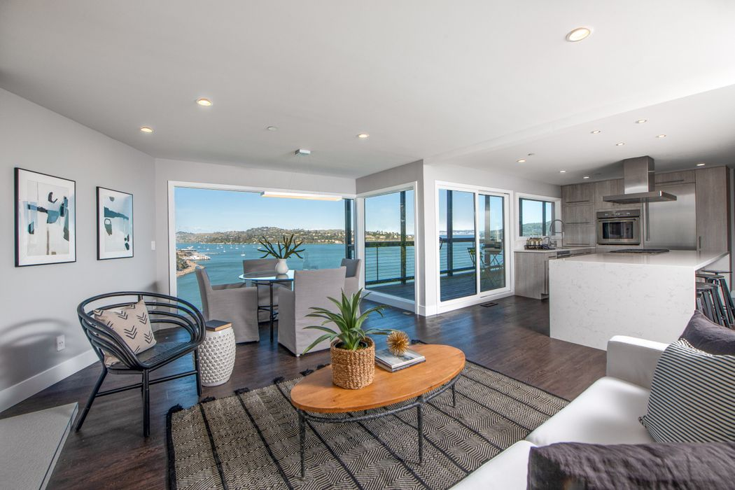 38 Edwards Ave., Sausalito – SOLD – Offered at: $1,295,000