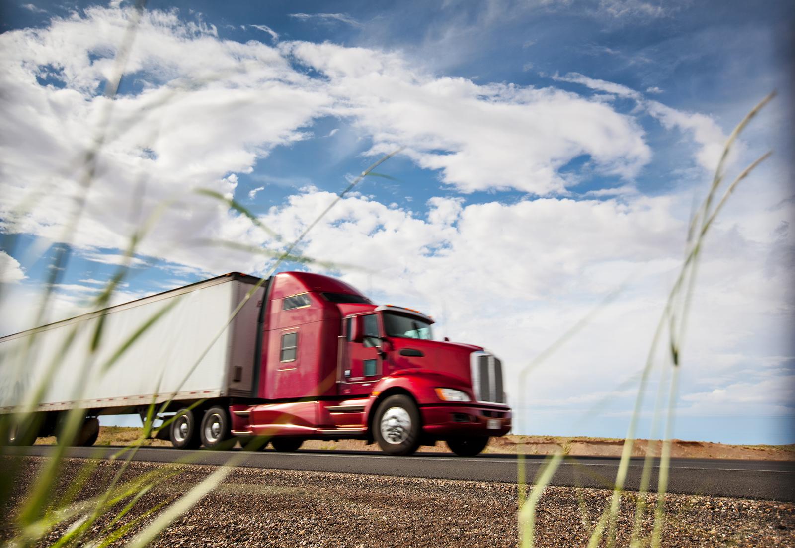 Trucking-000021081887_Double.jpg