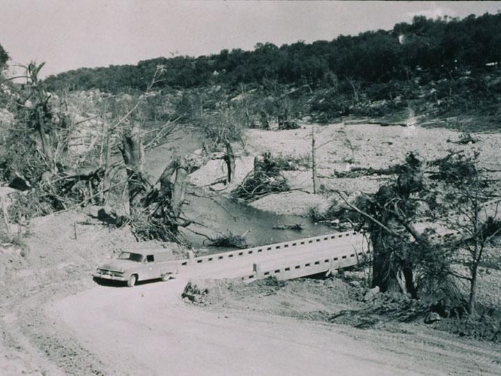 9_4_USGS 1952 Flood.jpg