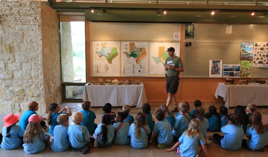 Paul Teaching Baranoff Elementary 4 25 17.jpg