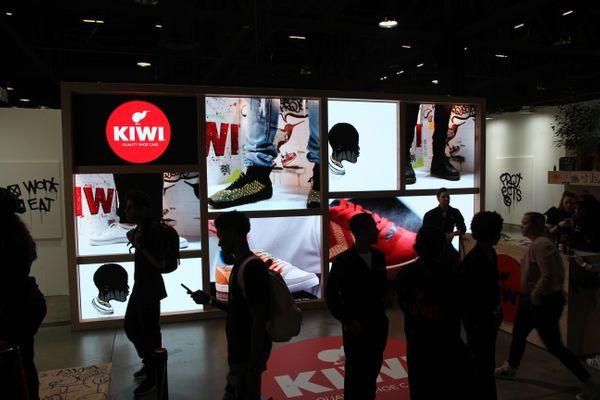 kiwi tradeshow booth